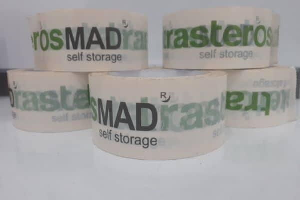 Precintos con el logotipo de Trasteros MAD